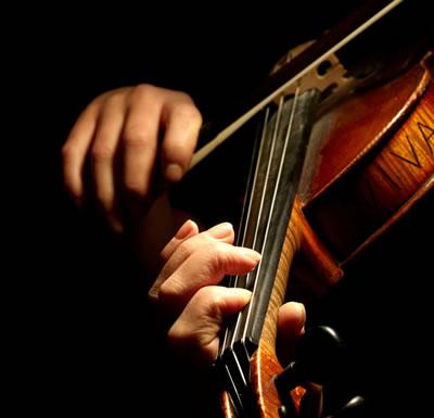 小提琴左手按弦