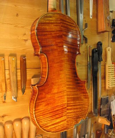 如何成为优秀的提琴制作者