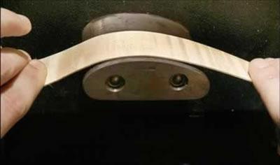 弯曲侧板所使用的设备和方法