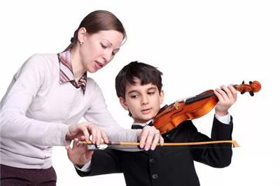 上台演奏老师和学生需要注意的几方面