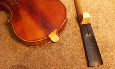 拆卸小提琴琴头的方法