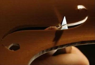 小提琴音孔制作