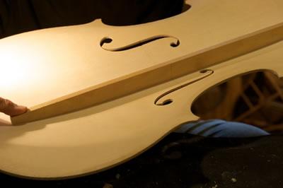 提琴低音梁的制作标准
