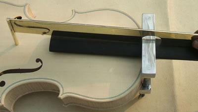 小提琴琴头整合安装
