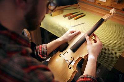 提琴琴头的安装分析
