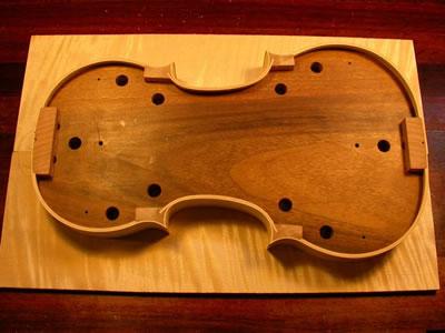 小提琴琴板粘合前的调试