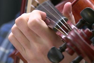 小提琴换把对手臂的训练