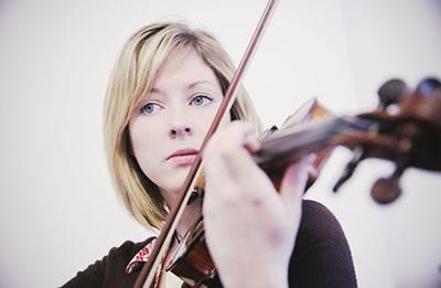小提琴颤指的练习方法
