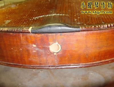 小提琴尾孔