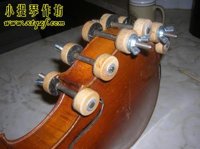 小提琴侧板框粘合