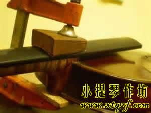 小提琴琴颈开裂的修复方法