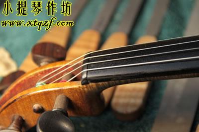 小提琴弦枕开裂