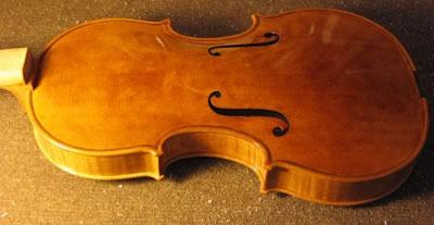 提琴油漆的底漆和面漆
