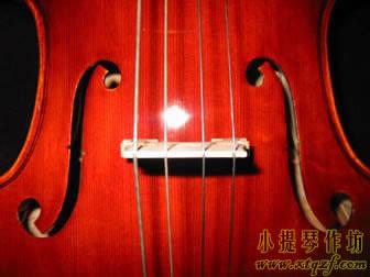 大提琴琴码的标准位置