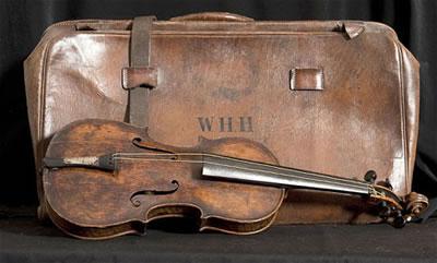 泰坦尼克号沉没遗留下来的小提琴