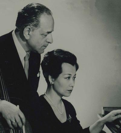 卡萨多和妻子