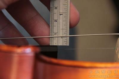 小提琴琴弦距离指板高度测量