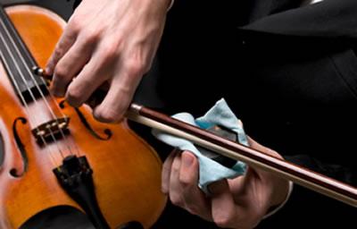 提琴琴弓该抹上多少松香合适
