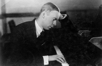 普罗科菲耶夫 D大调第一小提琴协奏曲  (D大调作品第19号)