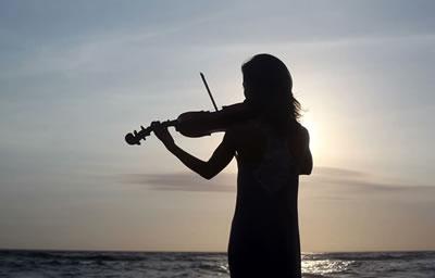 学小提琴不可缺少的基本练习