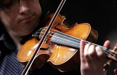 斯特拉迪瓦里琴与新琴音质差距多大听听分辨一下