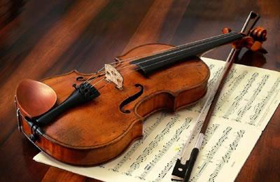 影响小提琴声学特性的因素