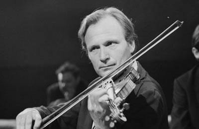 小提琴大师伊夫利·吉特里斯逝世